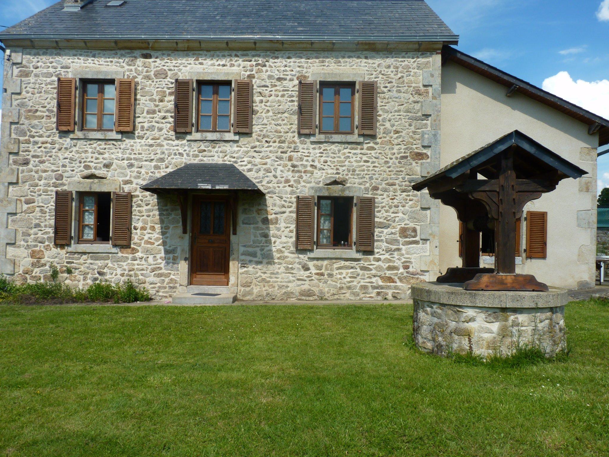 Vente Maison-Villa Charensat